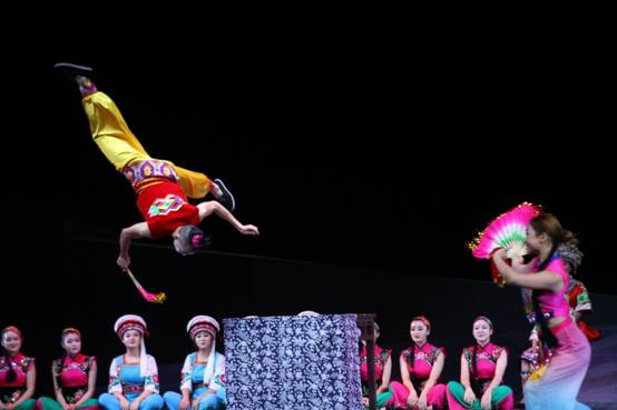 湖南民族文化传承基地授牌仪式暨桑植民歌演唱会举行图片